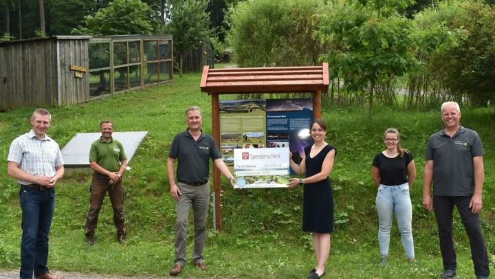 Der MineralBrunnen RhönSprudel spendet in diesem Jahr 15 000 Euro für verschiedene Naturprojekte des Biosphärenreservats Rhön.